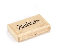 csm-usb-stick-packaging-wooden-flip-box-portfolio-01