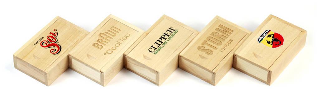 Wooden Slide Box bedruckt oder graviert mit Ihrem Logo
