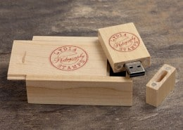 woodland-wooden-slide-box-portfolio-03